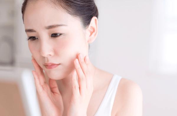Tinh chất phục hồi da cấp tốc Herbal Relaxcell sẽ giúp làn da tái sinh, khỏe mạnh từ từ