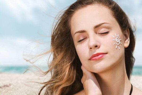 Kem chống nắng giúp bảo vệ da hiệu quả