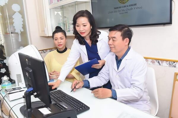 Bác sĩ Phạm Hùng Cường và chuyên gia Thanh Hải đều có hơn 20 năm kinh nghiệm trong nghề