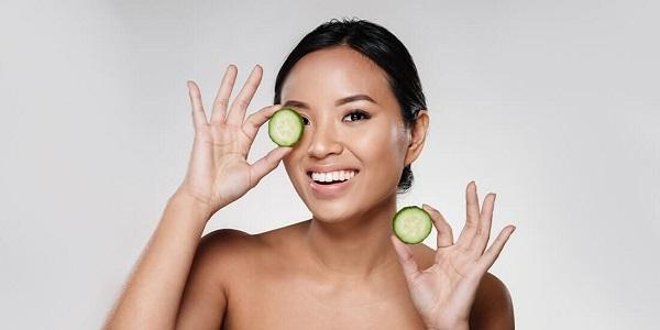 Đắp mặt nạ tại nhà cũng là 1 trongĐắp mặt nạ tại nhà cũng là 1 trong những cách giúp hồi phục da những cách giúp hồi phục da